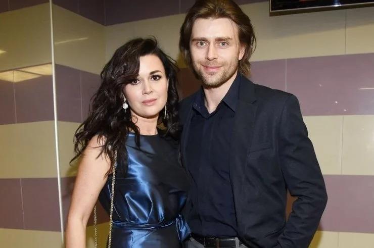 С нынешним супругом Петром Чернышевым