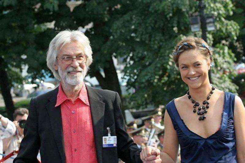 «В одиночку вырастил дочь, пока жена устраивала личную жизнь»: судьба настоящего мужчины Бориса Хмельницкого