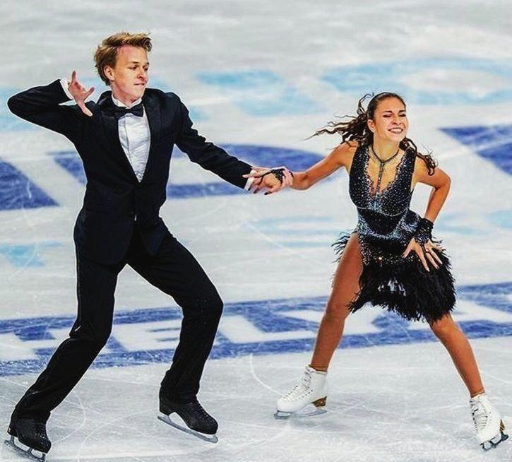 Диана Девис и Геннадий Смолкин на льду